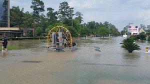 Cgbpz13UMAI1BFB-Harris County SO Flood Rescue Wimbleton Area - April 19, 2016